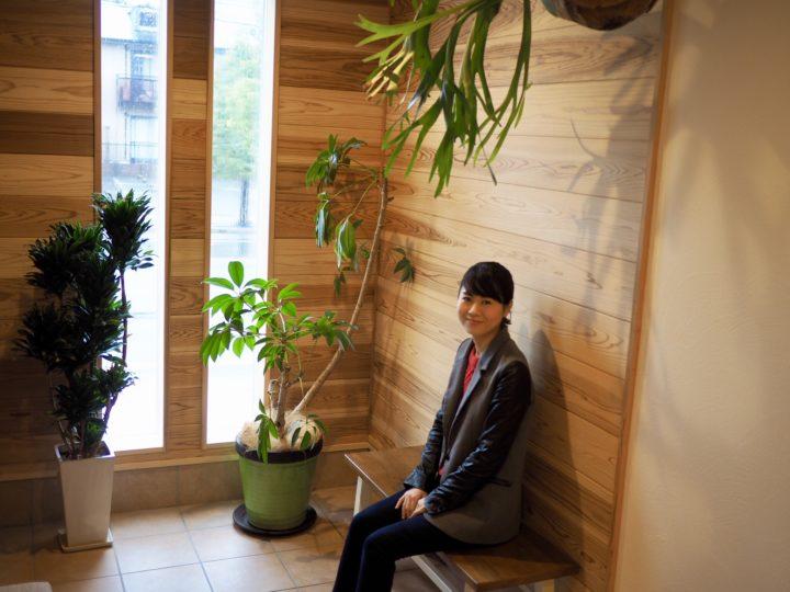 玄関の椅子を新調しました(^_^)