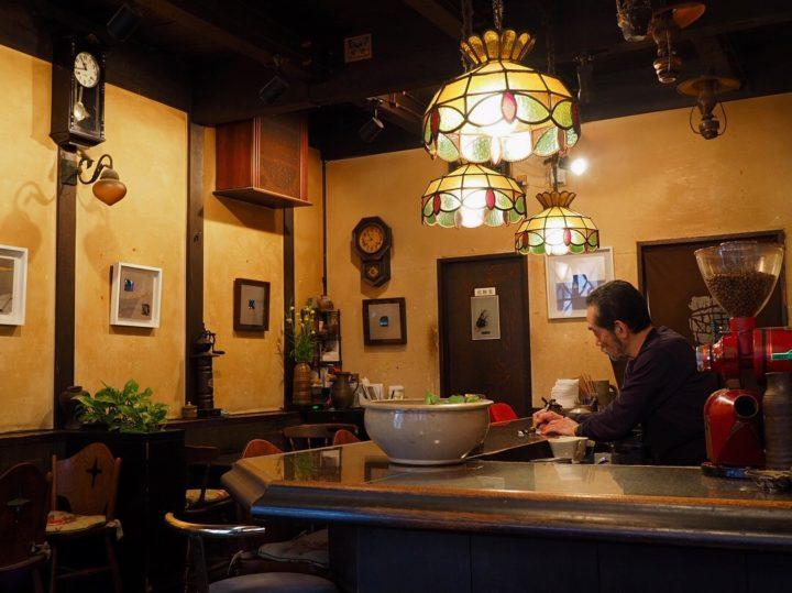 喫茶店でブランチ
