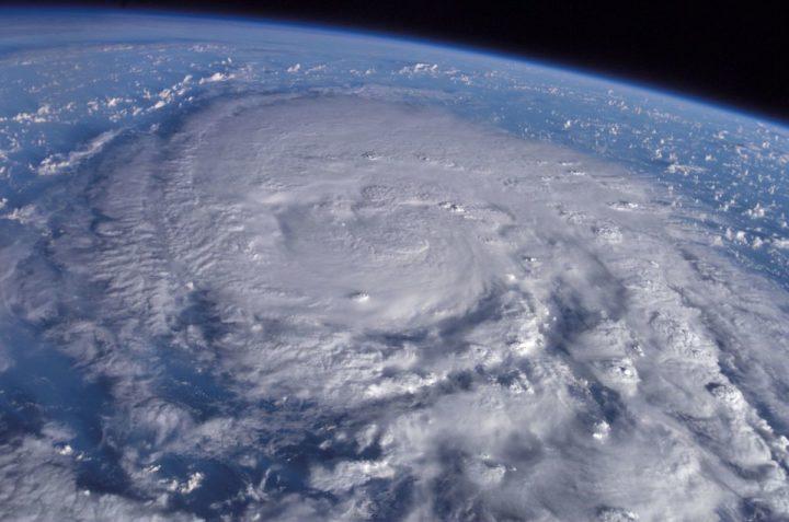 台風が来ると頭痛がする人の対処法